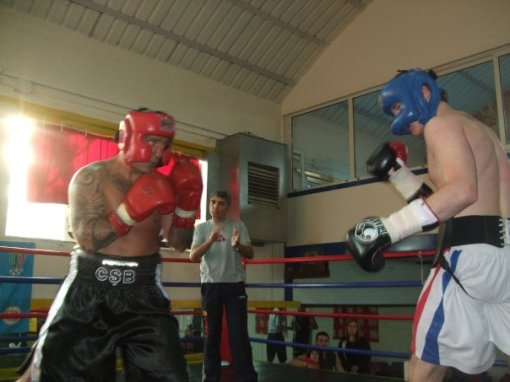 Groves sparring Fragomeni